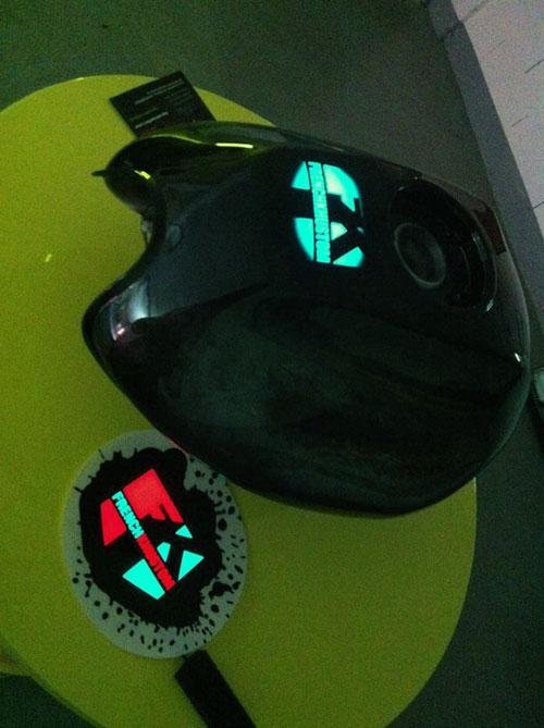 Moto électroluminescente