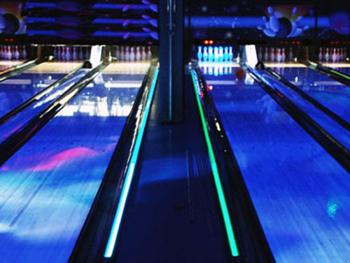 Piste de bowling électroluminescente