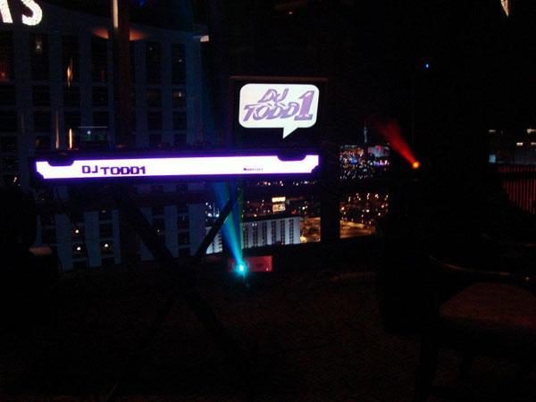 Table mixage électroluminescente dans une suite de Las Vegas
